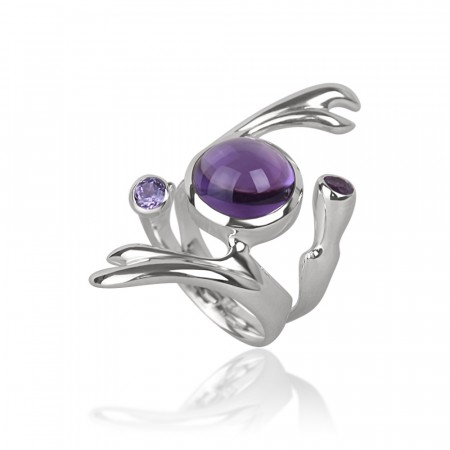Freesia ring med Amethyst