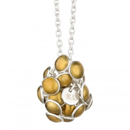 Seashell pendant gold